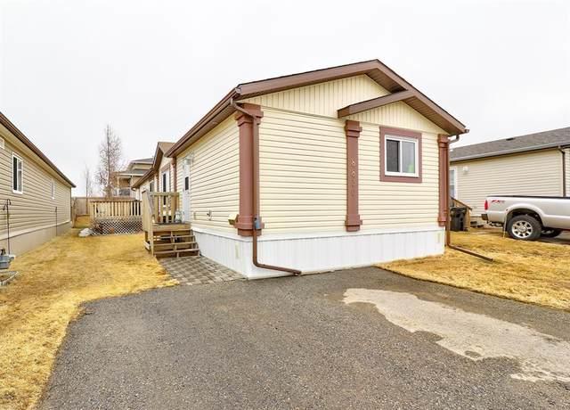 8830 90 Avenue, Grande Prairie, AB T8X 0G1 (#A1090619) :: Redline Real Estate Group Inc