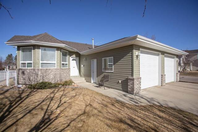 2 Regency Court, Lacombe, AB T4L 2H5 (#A1091994) :: Greater Calgary Real Estate