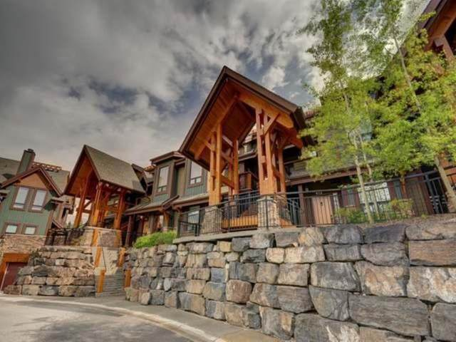 107 Armstrong Place #422, Canmore, AB T1W 3M1 (#A1094793) :: Canmore & Banff