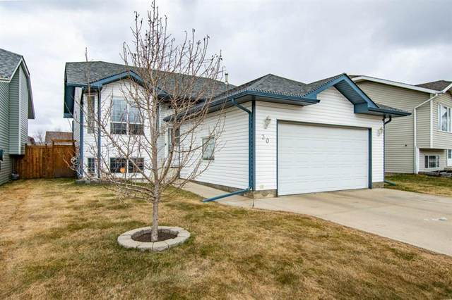 30 Briarwood Crescent, Blackfalds, AB T0M 0J0 (#A1095563) :: Calgary Homefinders