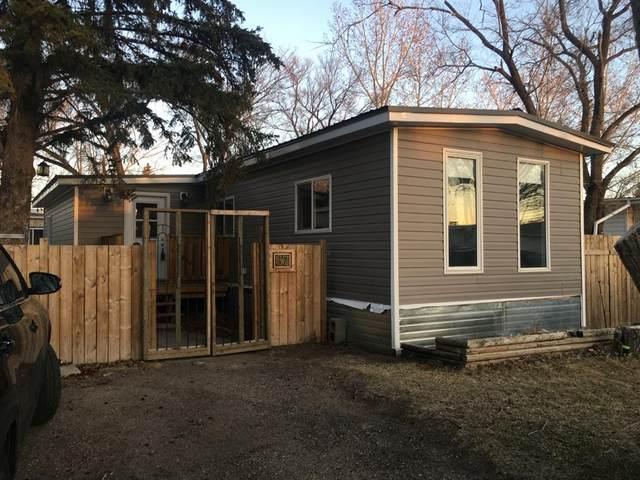 87 Greenbrook Village, Brooks, AB T1R 0R8 (#A1096526) :: Calgary Homefinders
