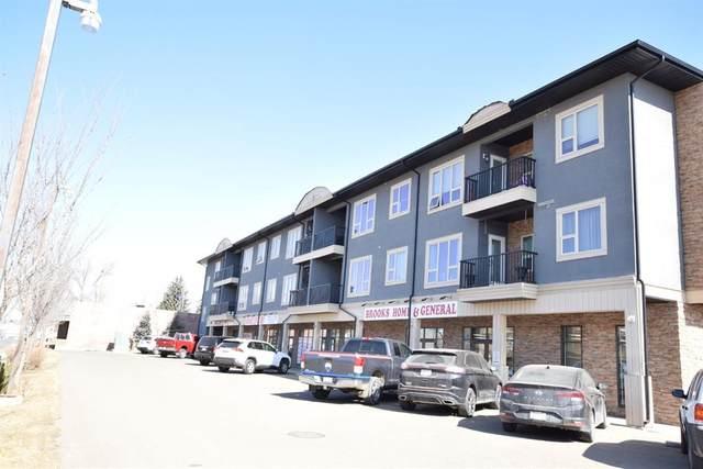 330 2 Street W #17, Brooks, AB T1R 0E9 (#A1096698) :: Calgary Homefinders
