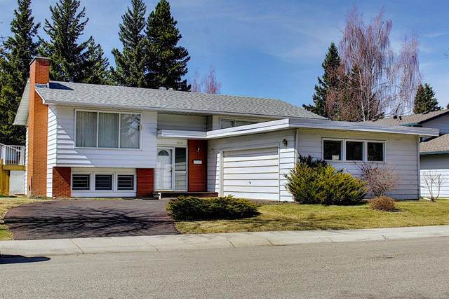 9631 Oakhill Drive SW, Calgary, AB T2V 3W4 (#A1096762) :: Redline Real Estate Group Inc