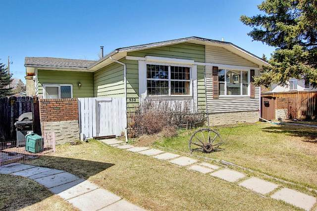 532 Queensland Place SE, Calgary, AB T2J 4T3 (#A1098047) :: Calgary Homefinders