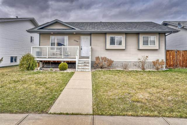 1721 Strathcona Place, Strathmore, AB T1P 1T1 (#A1098600) :: Redline Real Estate Group Inc