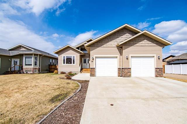 38 Emily Crescent, Lacombe, AB T4L 0A5 (#A1099408) :: Calgary Homefinders