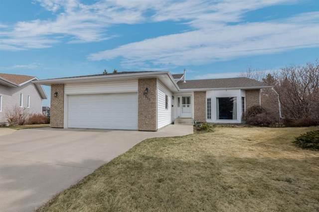 4311 75 Street, Camrose, AB T4V 3W6 (#A1100493) :: Calgary Homefinders