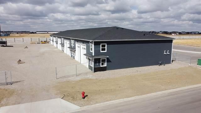 3740 30th Street N #25, Lethbridge, AB T1H 6Z4 (#A1101812) :: Western Elite Real Estate Group