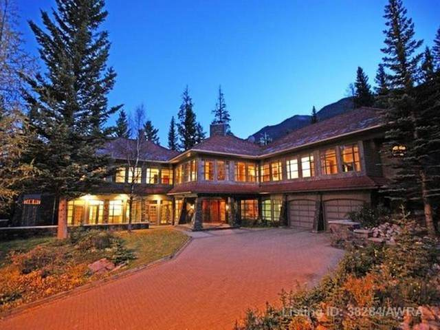 4 Cascade Court, Banff, AB T1L 1B1 (#A1102163) :: Redline Real Estate Group Inc