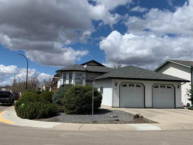 2 O'brien Crescent, Red Deer, AB T4P 3T3 (#A1102989) :: Canmore & Banff