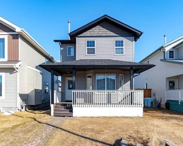 201 St.Laurent Way, Fort Mcmurray, AB T9K 2K1 (#A1103837) :: Western Elite Real Estate Group