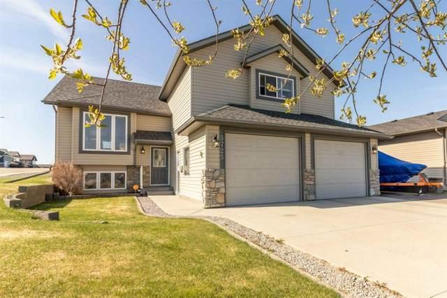 5725 Park Street, Blackfalds, AB T4M 0G1 (#A1105468) :: Calgary Homefinders