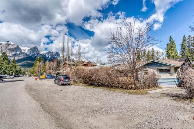 522 4th Street, Canmore, AB T1W 2H2 (#A1105487) :: Canmore & Banff