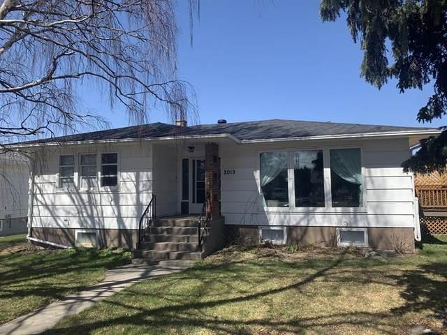 2019 5 Avenue S, Lethbridge, AB T1J 0X1 (#A1105914) :: Calgary Homefinders