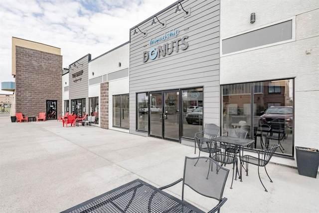 10635 West Side Drive, Grande Prairie, AB T8V 8E6 (#A1106926) :: Calgary Homefinders