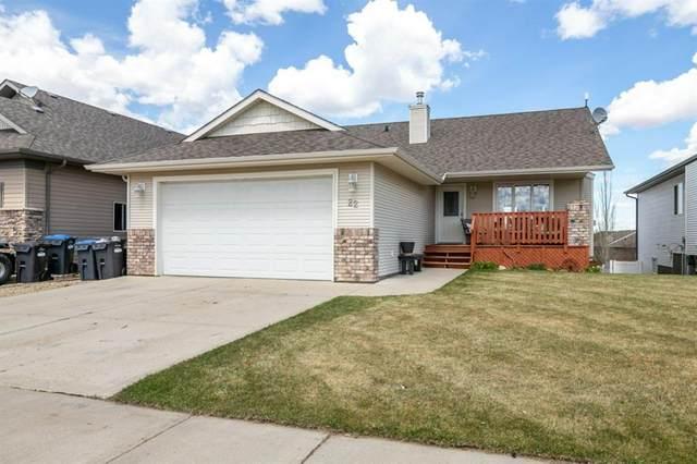 22 Laurel, Sylvan Lake, AB T4S 0B3 (#A1107247) :: Calgary Homefinders