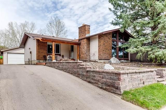 321 Banister Drive, Okotoks, AB T1S 1E4 (#A1108393) :: Calgary Homefinders