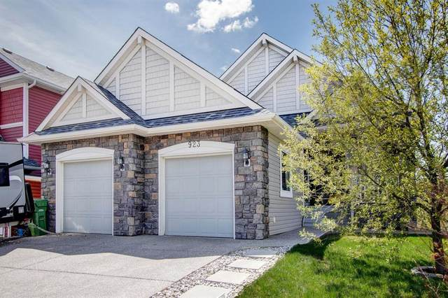 923 Bayside Drive SW, Airdrie, AB T4B 3E4 (#A1108542) :: Calgary Homefinders