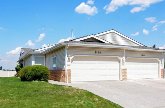 1090 Shawnee Road SW, Calgary, AB T2Y 2S8 (#A1111404) :: Calgary Homefinders