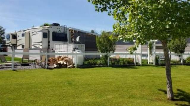 6077 35468 RANGE ROAD 30, Rural Red Deer County, AB T4G 0M3 (#A1112071) :: Calgary Homefinders