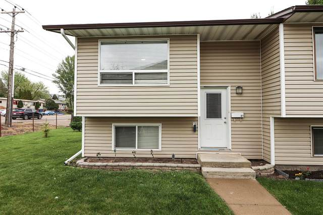 41 Link Court SW, Medicine Hat, AB T1A 7X6 (#A1112329) :: Calgary Homefinders