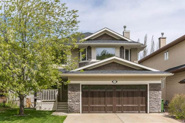 139 Crestmont Drive SW, Calgary, AB T3B 5X9 (#A1112519) :: Calgary Homefinders