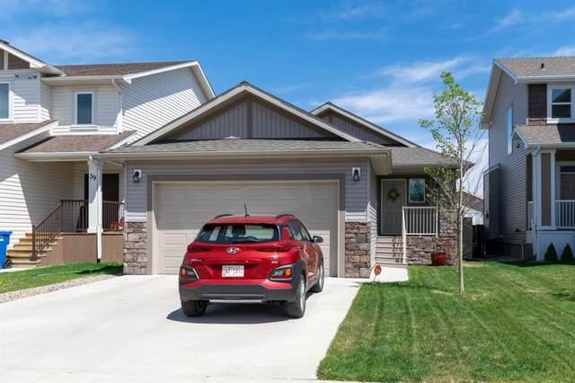35 Northlander Road, Lethbridge, AB T1J 5G7 (#A1112530) :: Calgary Homefinders