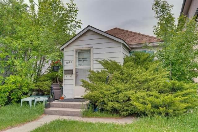 2042 36 Avenue SW, Calgary, AB T2T 2G7 (#A1112995) :: Calgary Homefinders