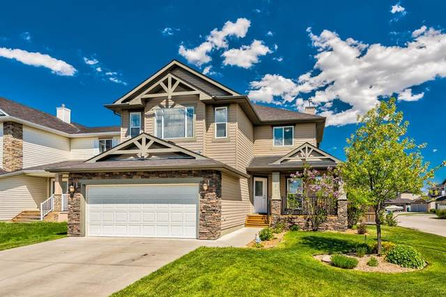 207 Willowmere Way, Chestermere, AB T1X 0E2 (#A1114245) :: Calgary Homefinders