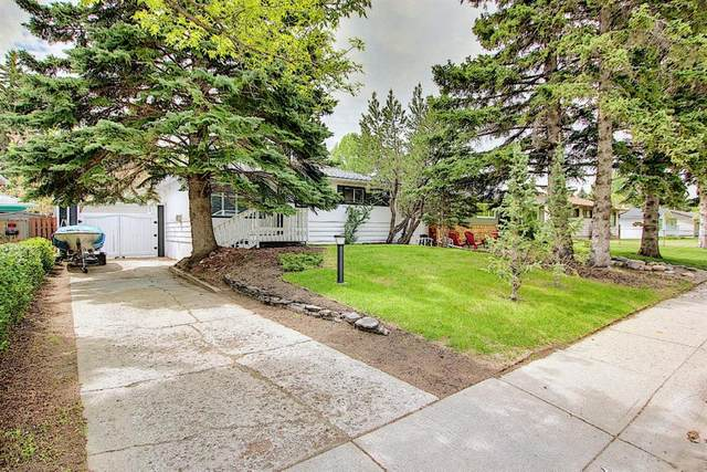 42 Hillgrove Drive SW, Calgary, AB T2V 3L6 (#A1114457) :: Western Elite Real Estate Group