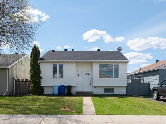 141 Bird Crescent, Fort Mcmurray, AB T9H 4T1 (#A1114498) :: Calgary Homefinders