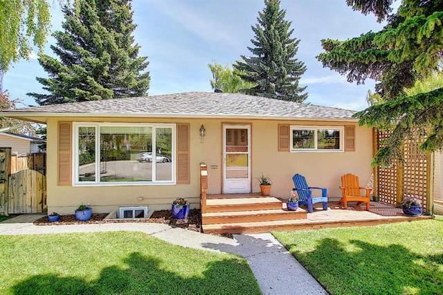 2 Kelwood Crescent SW, Calgary, AB  (#A1114771) :: Calgary Homefinders