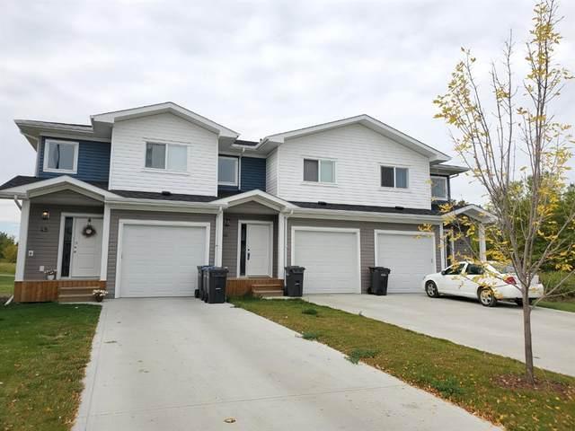 47-49 Hawthorn Place, Sylvan Lake, AB T4S 0R8 (#A1114842) :: Western Elite Real Estate Group