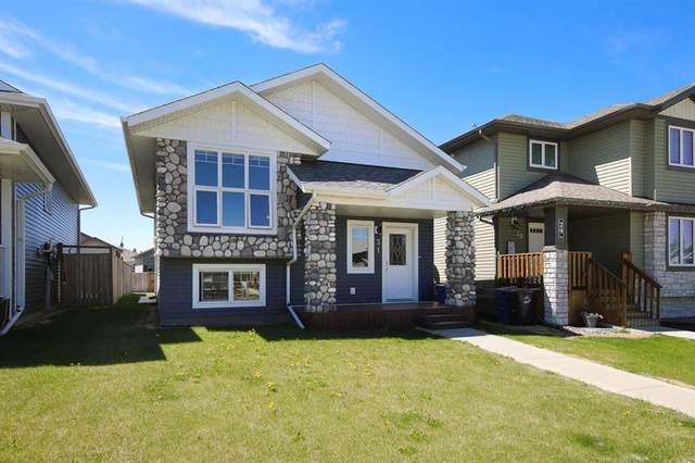 31 Hawkridge Boulevard, Penhold, AB T0M 1R0 (#A1115087) :: Calgary Homefinders