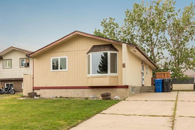 37 Rutgers Crescent W, Lethbridge, AB T1K 4S8 (#A1115126) :: Calgary Homefinders