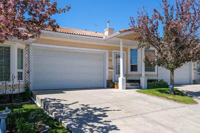 10 Signature Villas SW, Calgary, AB T3H 3P6 (#A1116080) :: Calgary Homefinders