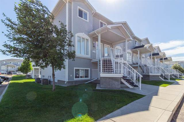 305 Northlands Pointe NE, Medicine Hat, AB T1C 0C2 (#A1116296) :: Western Elite Real Estate Group