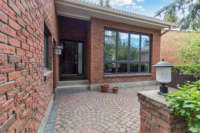 35 Oakmount Court SW #17, Calgary, AB T2V 5B9 (#A1116359) :: Western Elite Real Estate Group