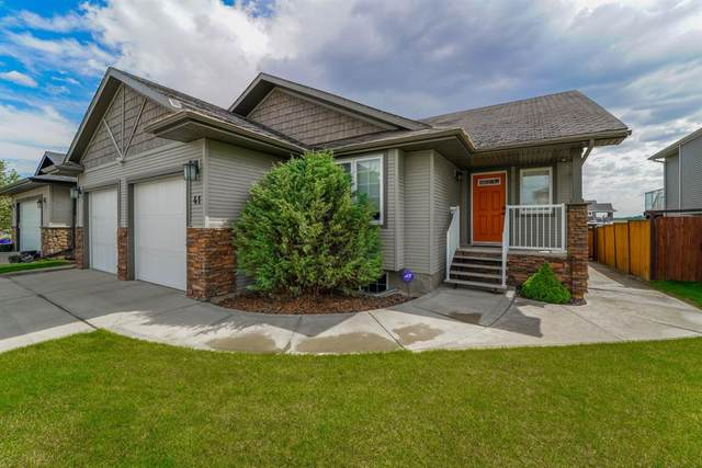 41 Heritage Drive, Penhold, AB T0M 1R0 (#A1116641) :: Calgary Homefinders