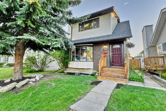 151 Woodglen Close SW, Calgary, AB T2W 4M9 (#A1116665) :: Calgary Homefinders