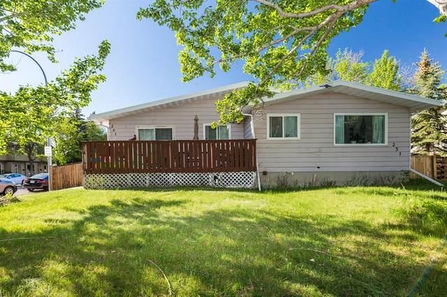 261 Columbia Boulevard W, Lethbridge, AB T1K 3Z5 (#A1117433) :: Calgary Homefinders
