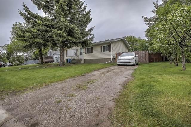132 Huntstrom Drive NE, Calgary, AB T2K 5V8 (#A1117495) :: Calgary Homefinders