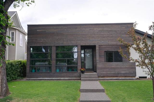 28 Grafton Drive SW, Calgary, AB T3E 4W3 (#A1118008) :: Calgary Homefinders