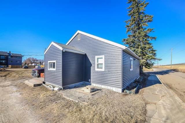 5517 52 Street, Lloydminister, AB T9V 0R7 (#A1118029) :: Calgary Homefinders