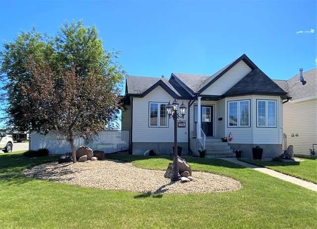 6023 50A Street, Ponoka, AB T4J 1V1 (#A1118364) :: Western Elite Real Estate Group