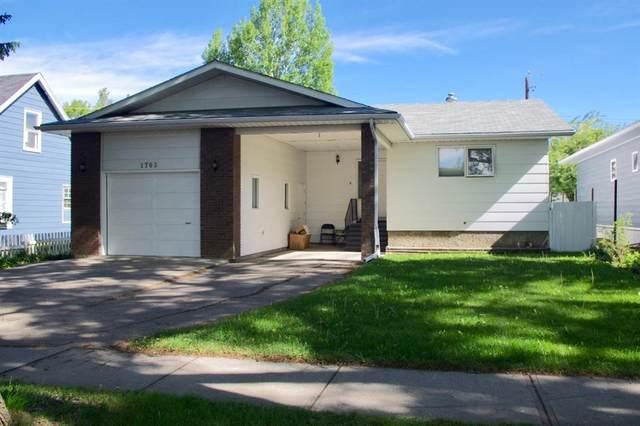 1705 2A Avenue N, Lethbridge, AB T1J 2J3 (#A1118612) :: Calgary Homefinders