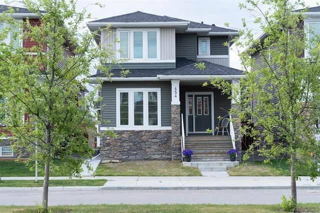 454 Redstone Drive Ne, Calgary, AB T3N 0R2 (#A1118626) :: Calgary Homefinders