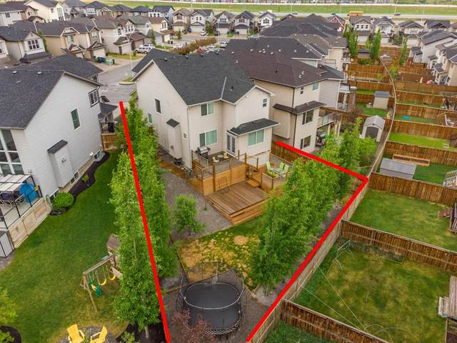 142 Panora Court NW, Calgary, AB T3K 0V2 (#A1118984) :: Calgary Homefinders