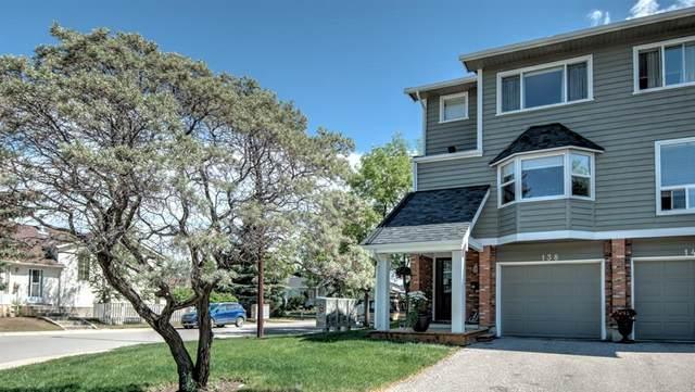 138 Woodglen Grove SW, Calgary, AB T2W 4S8 (#A1119660) :: Calgary Homefinders