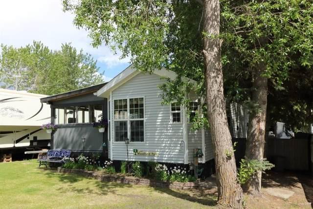 12044 422 Township #8, Rural Ponoka County, AB T0C 2J0 (#A1119696) :: Greater Calgary Real Estate